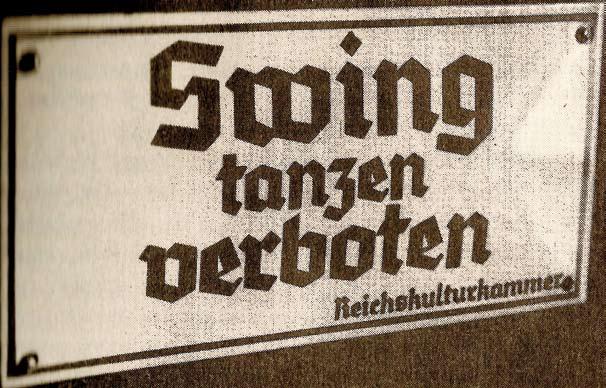 """Tafel mit der Aufschrift """"Swing tanzen verboten"""""""